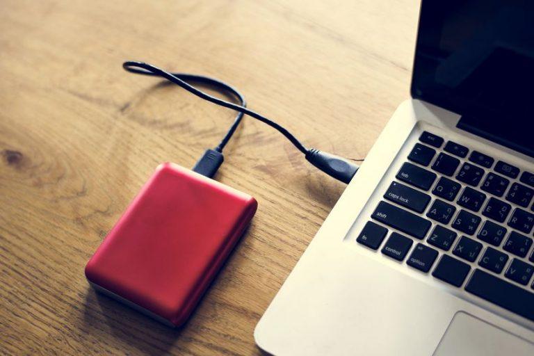 disco duro rojo