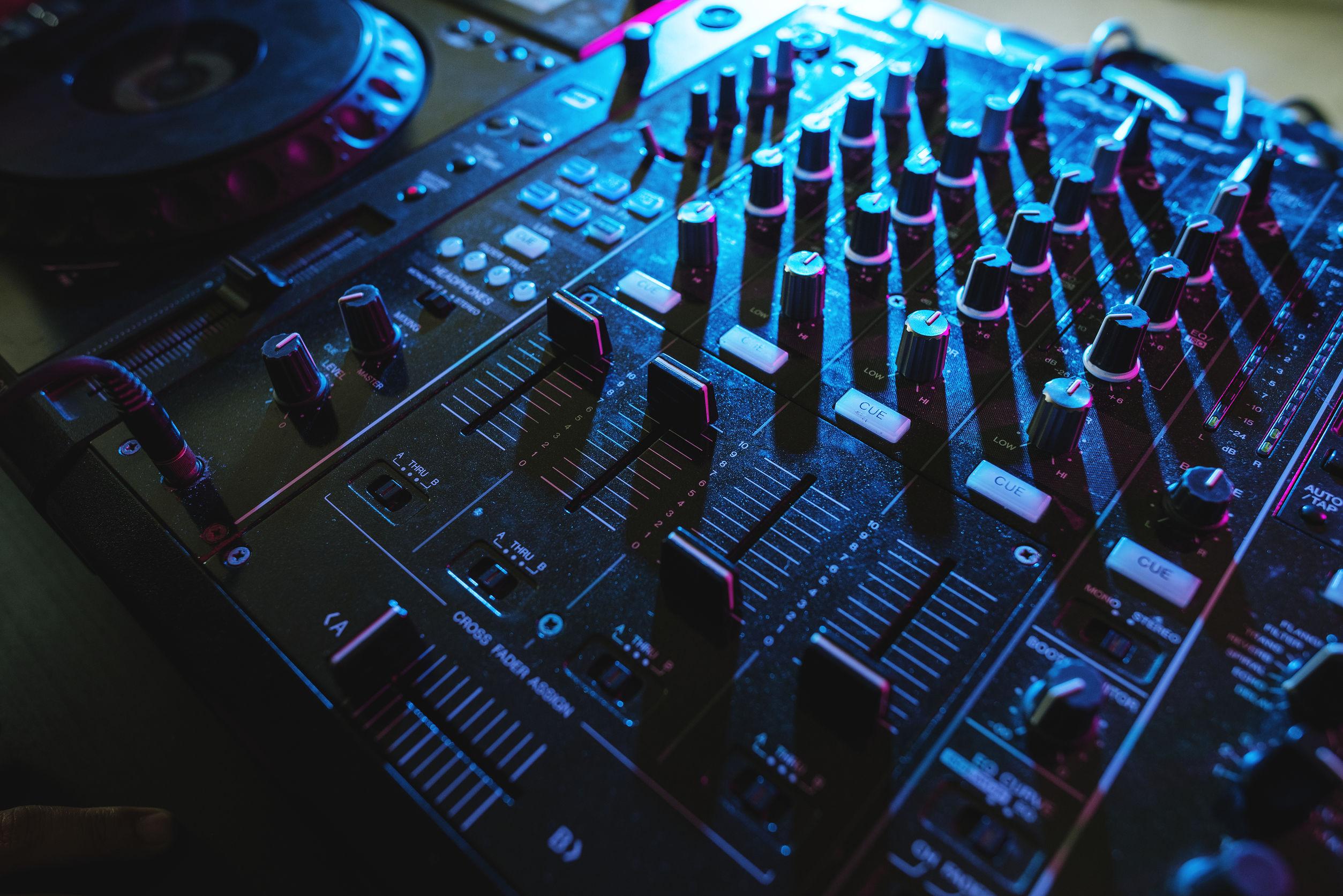 Mesa de mezclas DJ: ¿Cuál es la mejor del 2020?