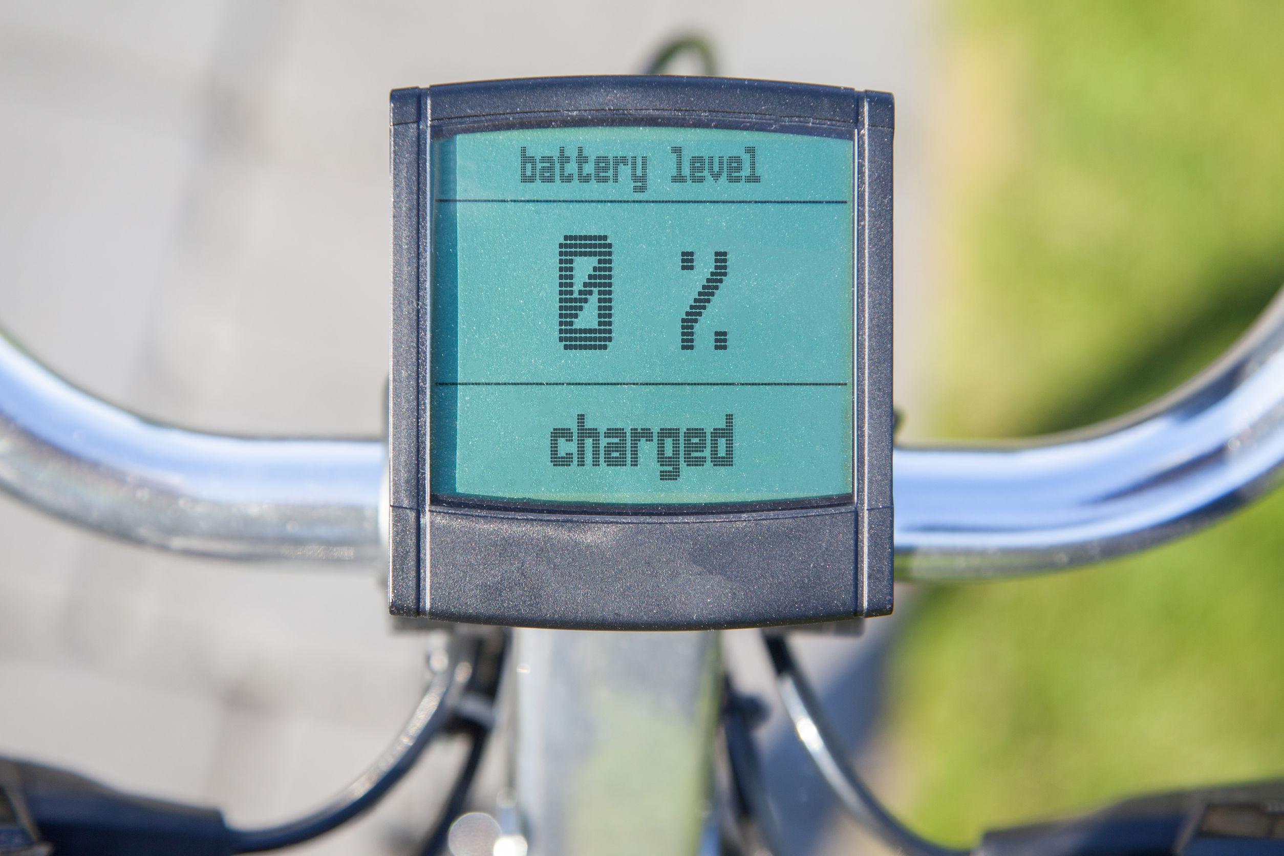 Visualización de la bicicleta eléctrica en el sol