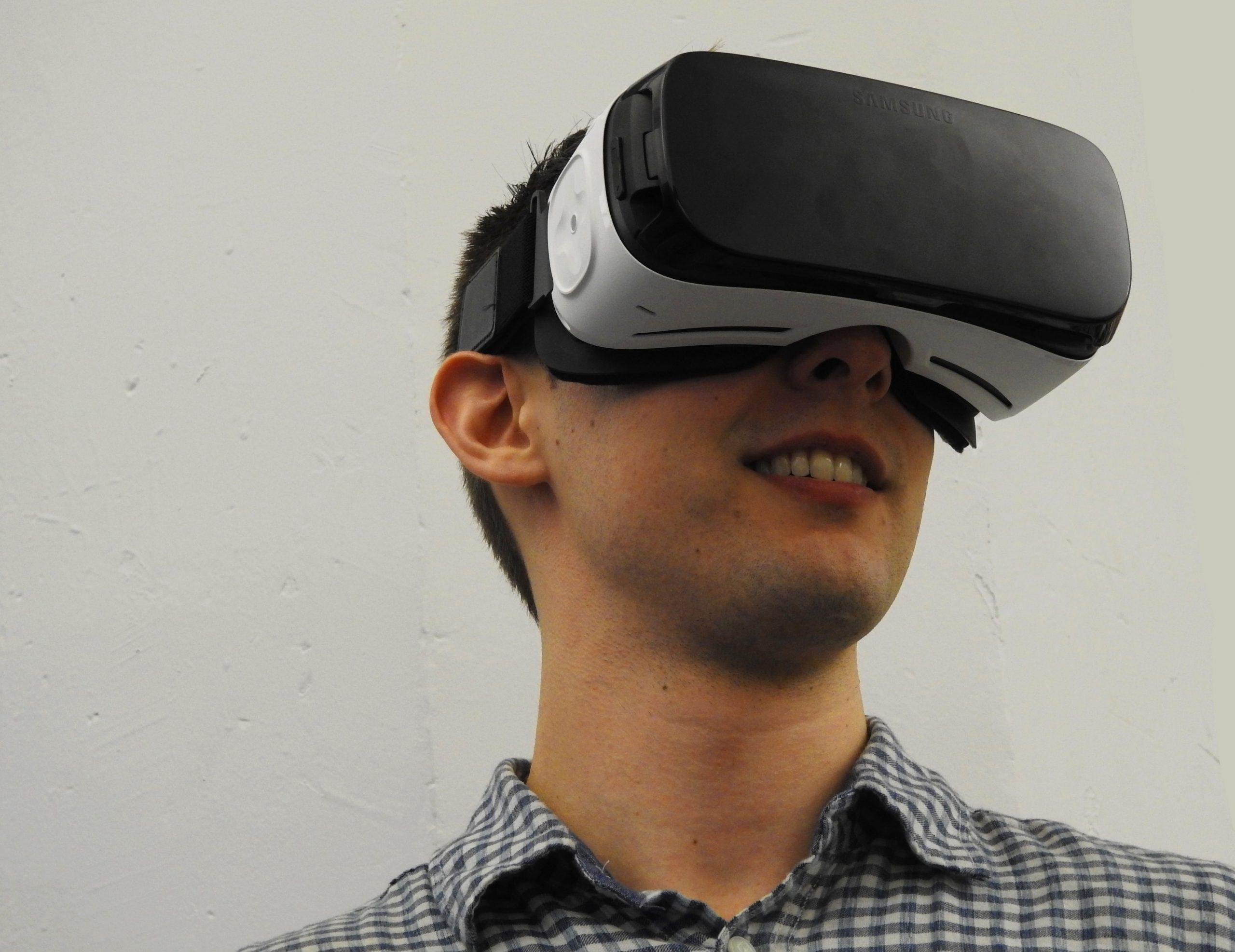 PlayStation Move es uno de los accesorios adicionales para mejorar la experiencia de realidad virtual en tus juegos. (Fuente: Cottonbro: 3945690/ Pexels.com)