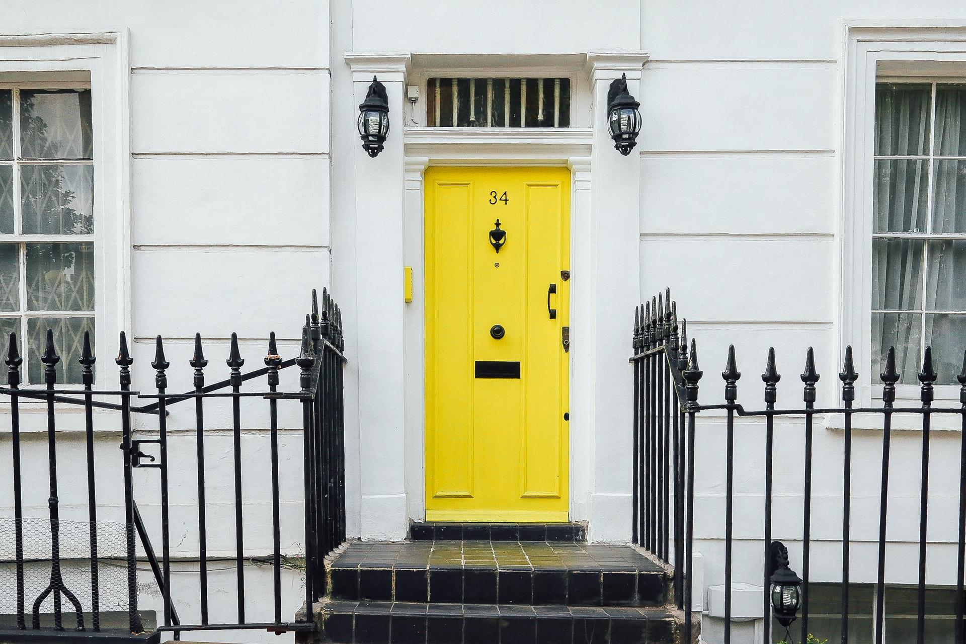puerta de interon