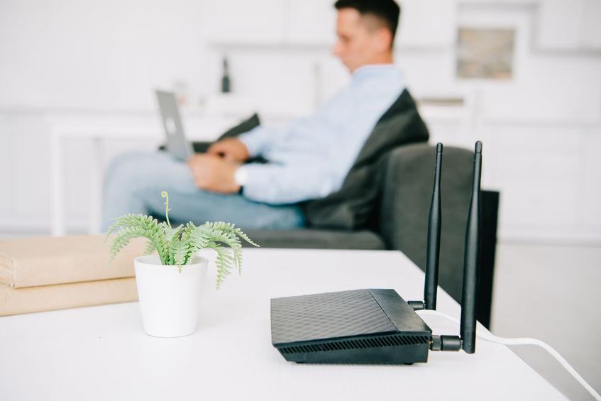 trabajando en oficina