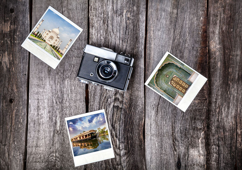cámara con fotografías instantáneas