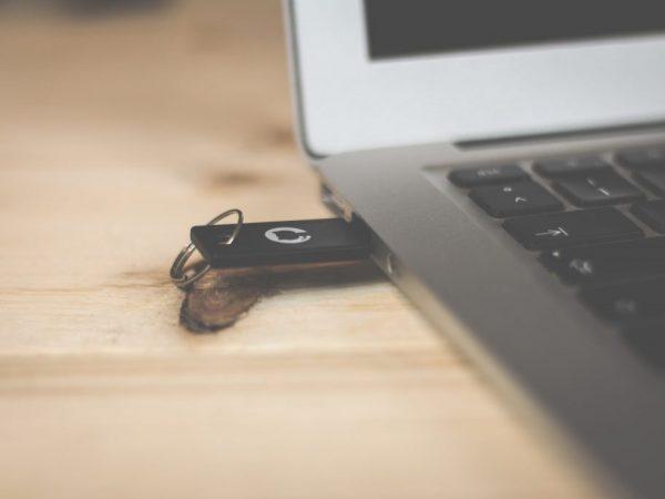 adaptador de laptop
